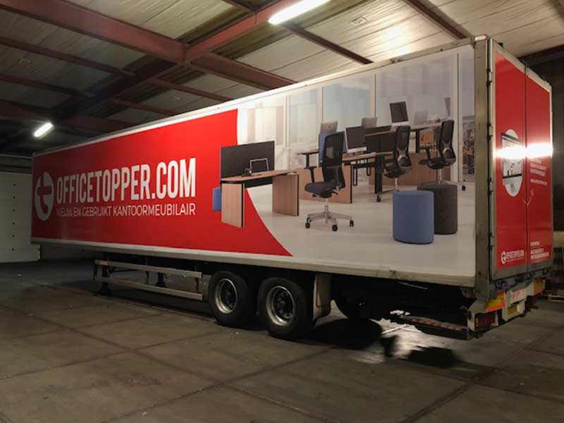 Trailer bestickering door professional
